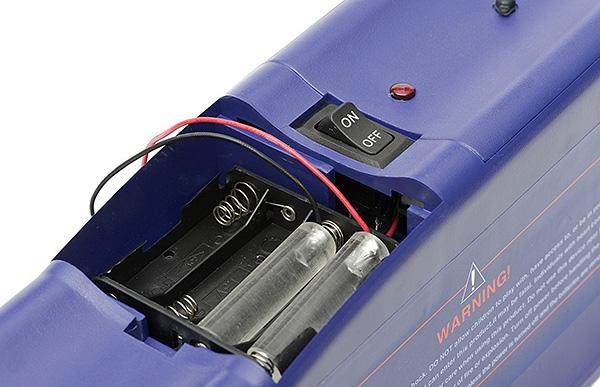 Электрокрысоловка, работающая от батареек, не способна нанести серьезного вреда здоровью человека, так как для этого просто не хватит мощности электрического разряда.