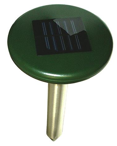 В линейке отпугивателей кротов Экоснайпер лишь одна модель работает от солнечной батареи - SM-153.
