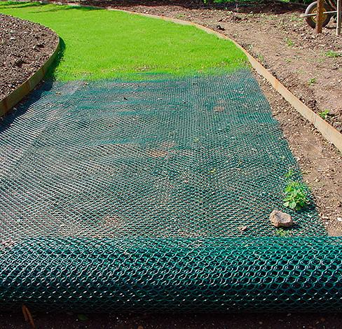 Укладка газонной сетки