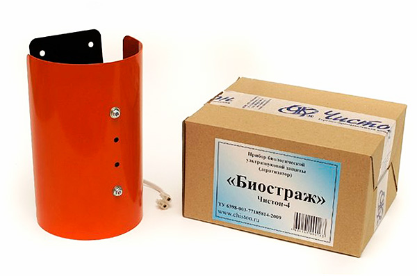 Чистон-4 Биостраж является ультразвуковым отпугивателем повышенной мощности и позволяет защитить территорию площадью до 500 кв. м.