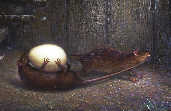 В народе ходят легенды о том, что именно так крысы таскают яйца из курятника.